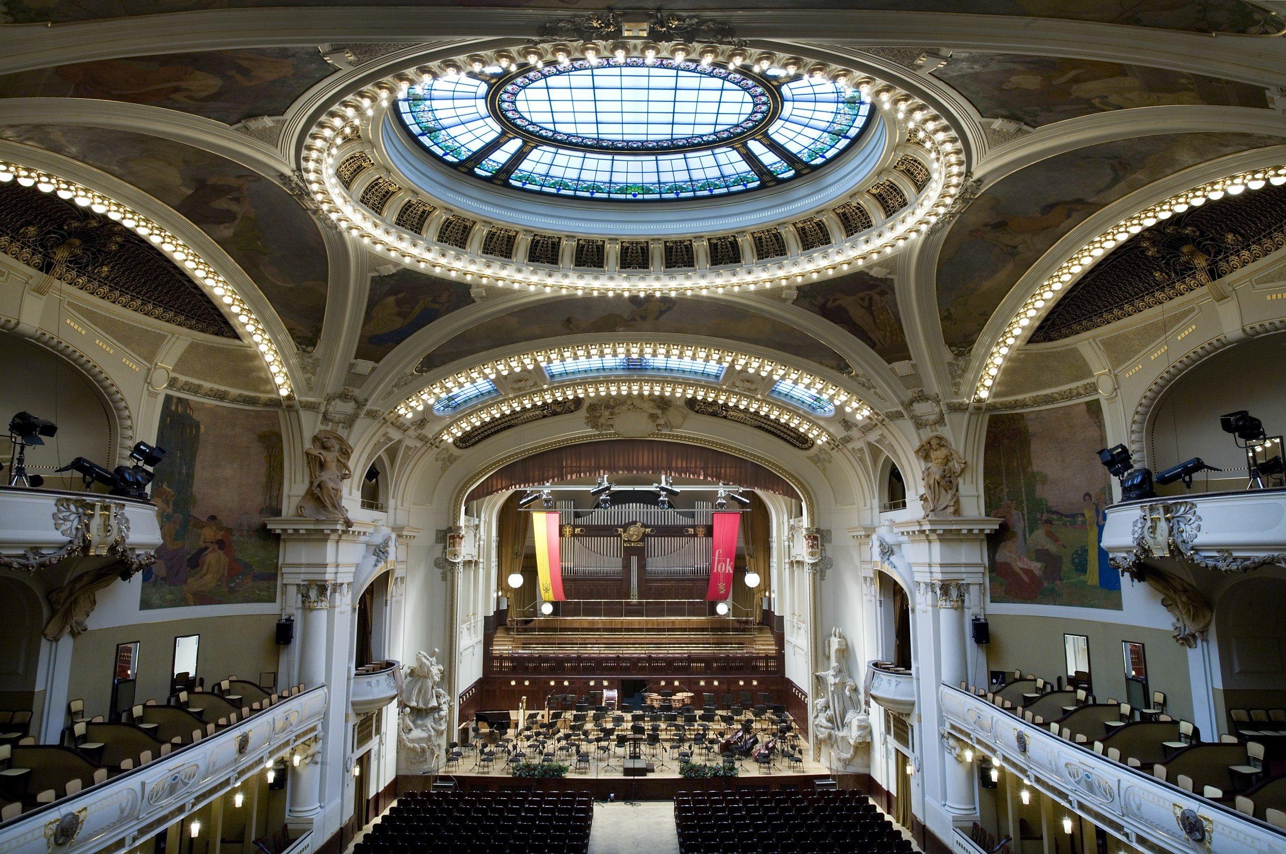 Smetana Hall of the Prague Municipal House